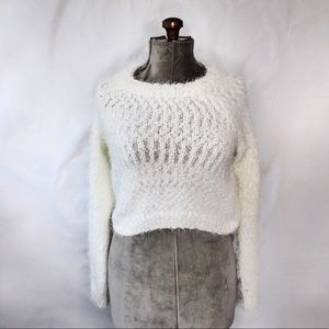 🎀3/$30 Garage White Fuzzy Knit Sweater Small